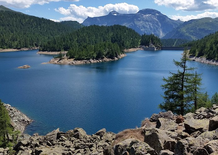 """it's a lake created by a """"retaining' system - but it is beautiful..."""