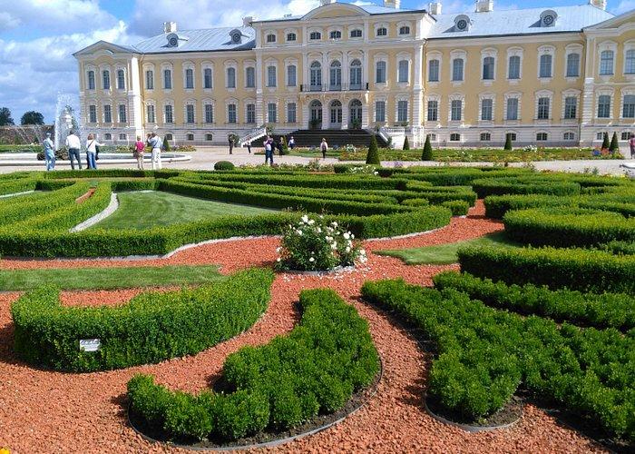 Palaci Rundale. Vista jardines