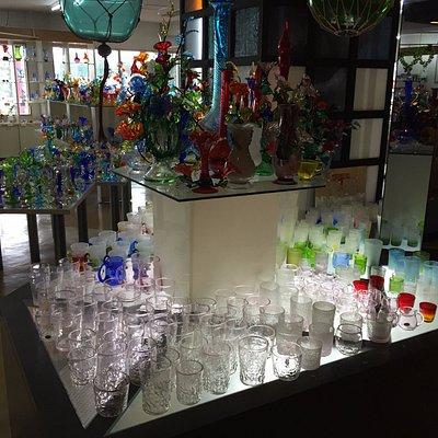ガラスの陳列