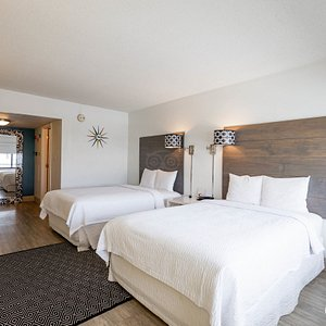 The Two Double Beds at the Beach House Dewey