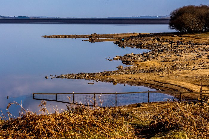 Low water level on the reservoir
