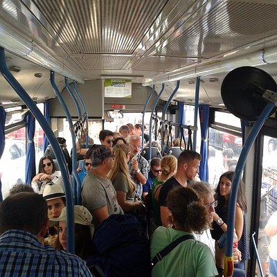 El interior del bus 434 de Sintra al Palacio da Pena