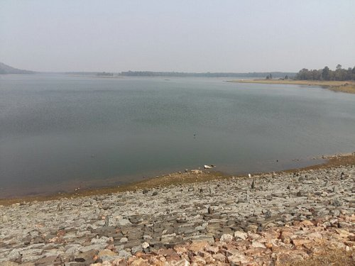 Last time i visit chulbandh dam in february .....it has not good place for go with family but yo