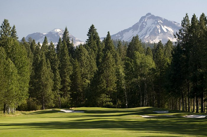 36 holes of championship golf at Big Meadow & Glaze Meadow