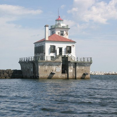 Oswego lighthouse from tour boat