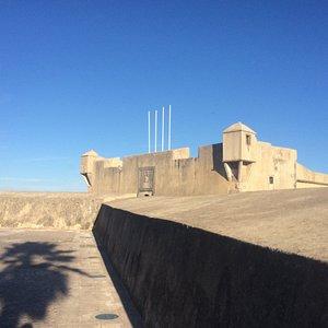 Fort São Bruno de Caxias sett fra utsiden.