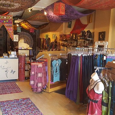 fair trade clothing,jewelry and decor from thailand indonesia india and nepal