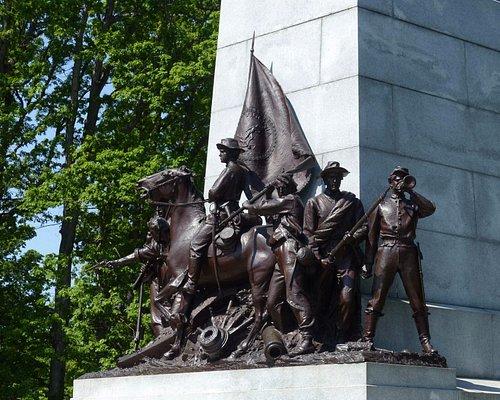 Sculptural arrangement of Virginians at Virginia Memorial