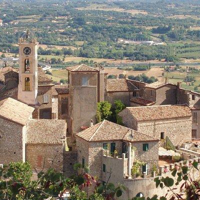 Discover picturesque villages