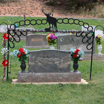 Parowan cemetery - many unique headstones (names blurred)