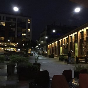 Great area for some good food and drinks! PS. They have two moons in Oslo! :-)