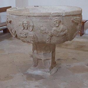 fonte battesimale del XI secolo