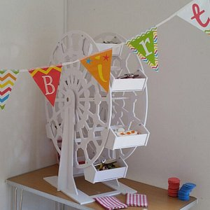 """Thank you so much for the sweet Ferris wheel, it went down a """"treat"""" with the children!!"""