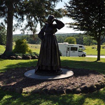 Statue honoring Elizabeth Masser Thorn, caretaker of Evergreen after her husband went off to war