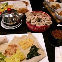 Menu végératien et menu avec viande