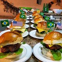 Three Lions Burgers