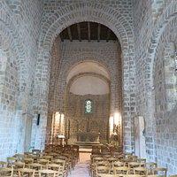 La nef de l'église Notre-Dame-sur-l'Eau à Domfront (Orne)