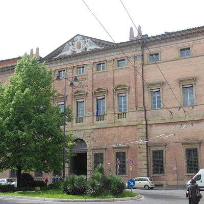 facciata Palazzo Ranuzzi Ruini Bciocchi