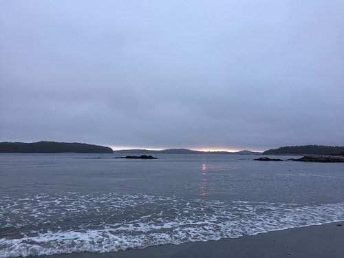 Sunset at Tonquin Beach.