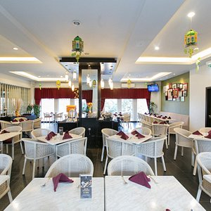 Hotel Restaurant at the Grand Darmo Suite