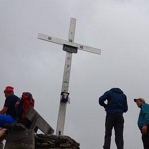 Mist on the popular eastern summit (Asitzkopf)
