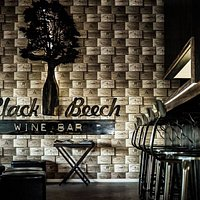 Black Beech Pizza & Wine Bar