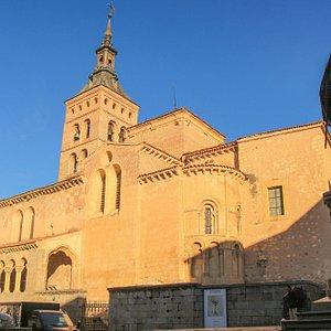 Церковь Сан-Хуан-де-лос-Кабальерос в Сеговии.
