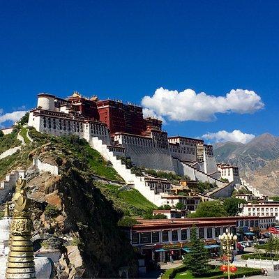 チベット自治区の神社/寺院/教会/モニュメントなど: チベット自治区の ...