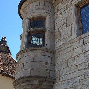 Maison a Tourelle