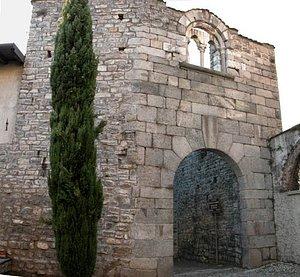 Contrada Villincino : resti della torre del distrutto castello medioevale