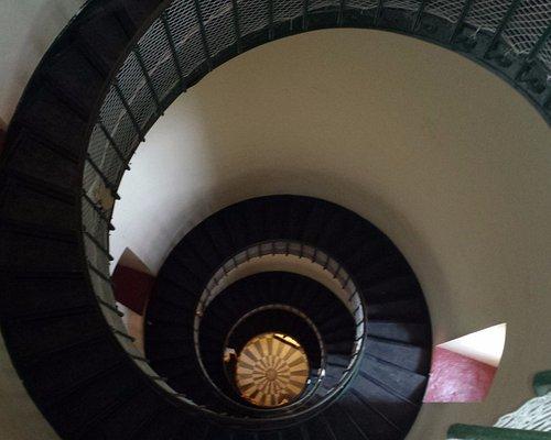 Vue d'en haut des marches.