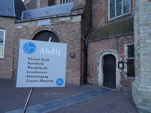 De Koorkerk maakt onderdeel uit van de Abdij Middelburg