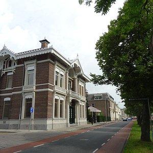 de 19de eeuwse villa Clementina aan de Plantsoensgracht