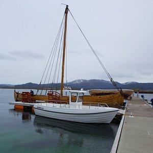 Slow boat sightseeing along the Atlantic Road