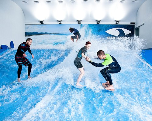 Everyone can surf in one lesson!