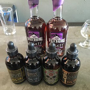 Chocasmoke Whisky and distillery bitters