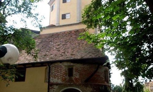 ворота и башня
