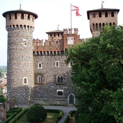 Castello Bonoris - Facciata Nord sul Giardino Segreto