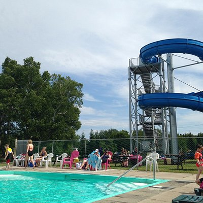 Great water slide, wish there were more of them.