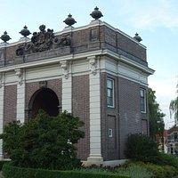 De koepoort uit 1735;Middelburg