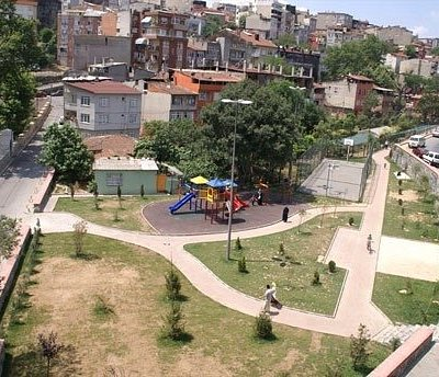 Bir başka mahalle parkı....