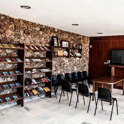 Interior Centro Recepción de Visitantes