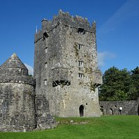 Aughnanure Castle and watch tower