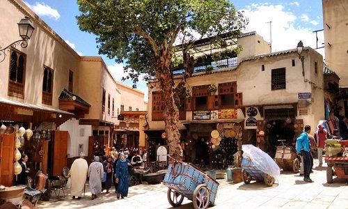 Place Seffarine square.
