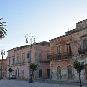 piazza enriquez (detta anche piazza del castello o del carcere)