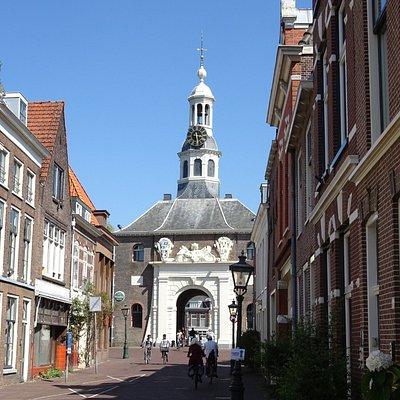 Zijlpoort Leiden uit 1666 door architect Willem van der Helm