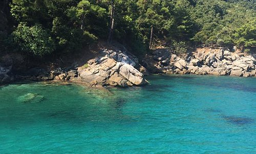 clear waters, perfect for snorkelling