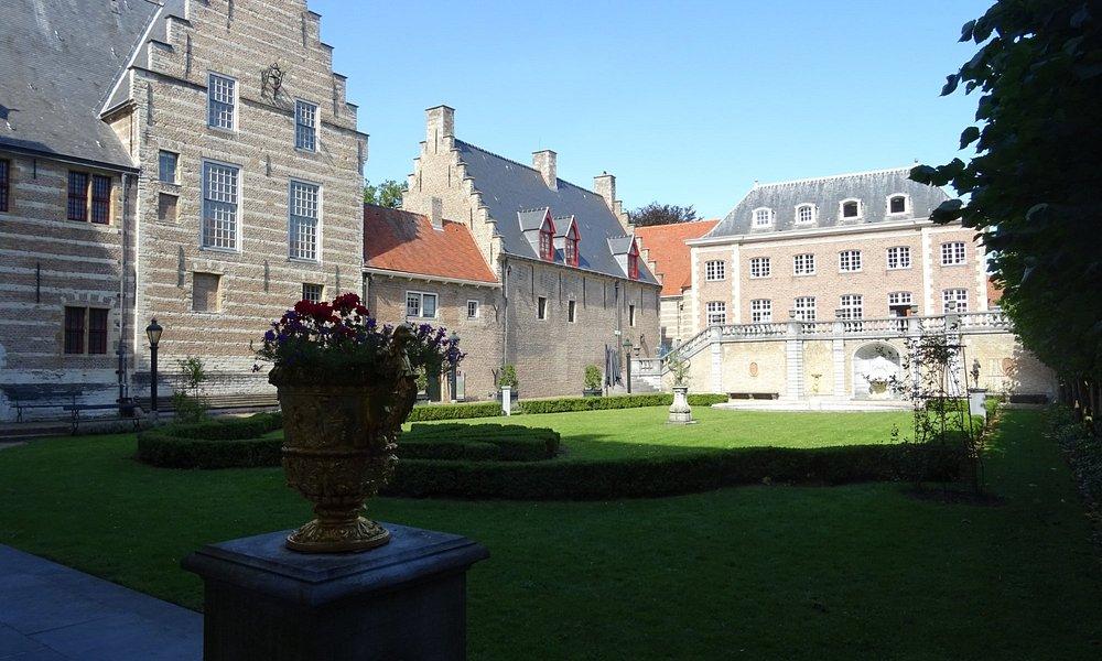 Markiezenhof historische tentoonstelling over Bergen op Zoom