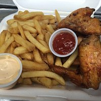 fried chicken wings,french fries