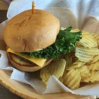 Regular cheeseburger with standard chips